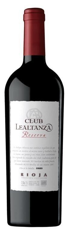 Club Lealtanza Reserva 2010 por sólo 15,90 € en nuestra tienda En Copa de Balón:    https://www.encopadebalon.com/es/rioja/1799-club-lealtanza-reserva-2010    Club Lealtanza Reserva 2010, elaborado con tempranillo de viñedos viejos, nos ha resultado un vino potente, de gran complejidad aromática, con la madera perfectamente ensamblada con la fruta presente y muy sabroso en boca.  Bodegas Altanza nace en 1998 en Fuenmayor, en la Rioja Alta con el objetivo de elaborar vinos de calidad a precio…
