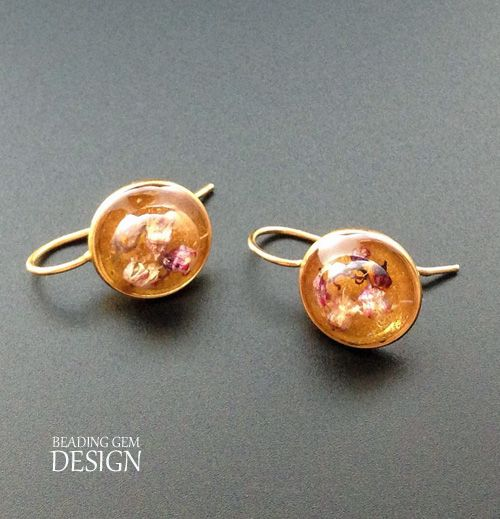 How to Make Real Flower Resin Jewelry ~ The Beading Gem's Journal