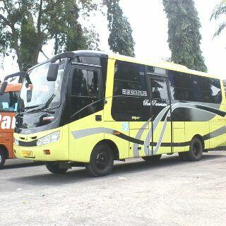 Bus Wisata Jogja Seat 25