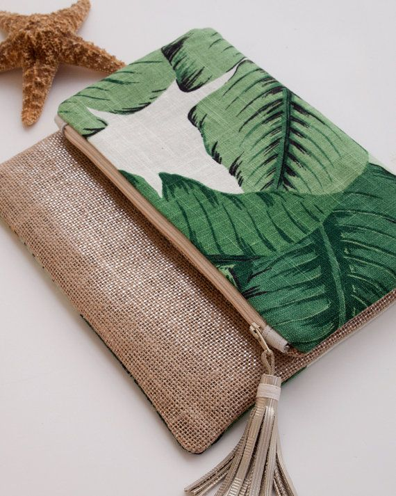Green Foldover Clutch Linen iPad Mini Cover por theAtlanticOcean