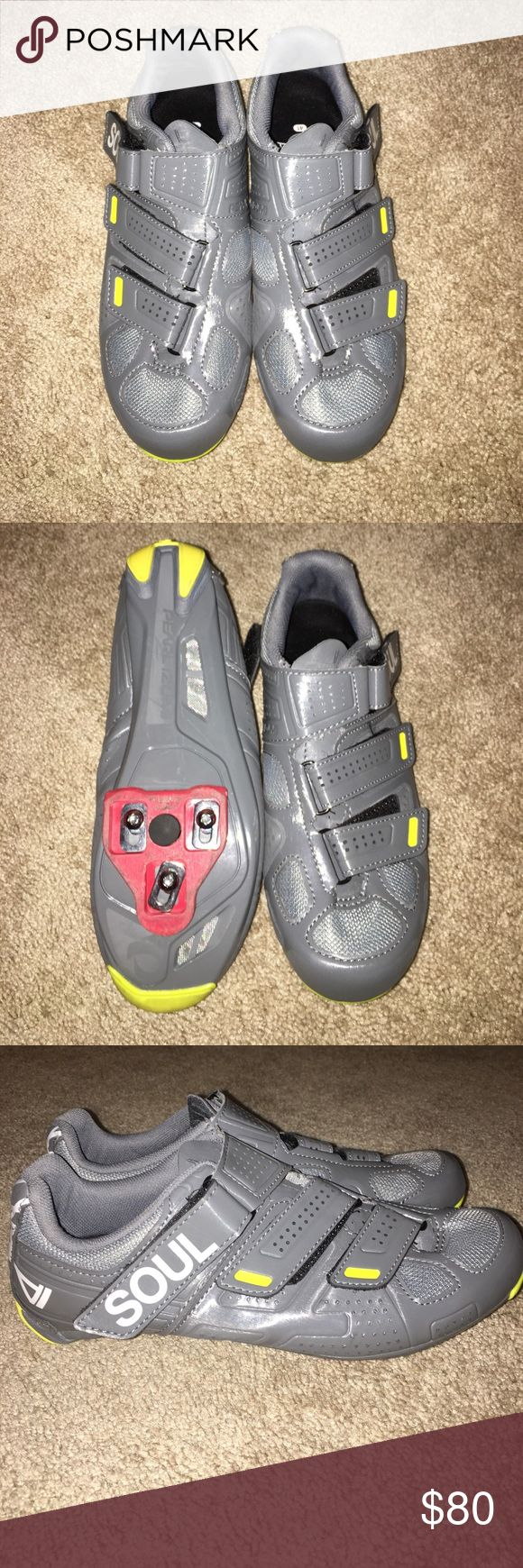 SOULCYCLE spin shoes Size 41 spin shoes with clips included! Would keep them but they are too big for my size 7.5-8 foot! Great condition- like new!!! soulcycle Shoes