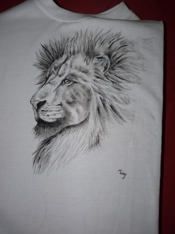 Handmade lion t-shirt