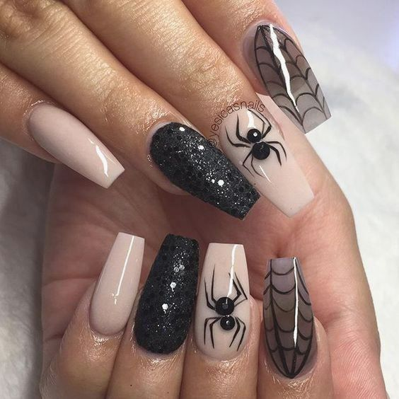 23 devilishly good nail art ideas to try this Halloween in ...