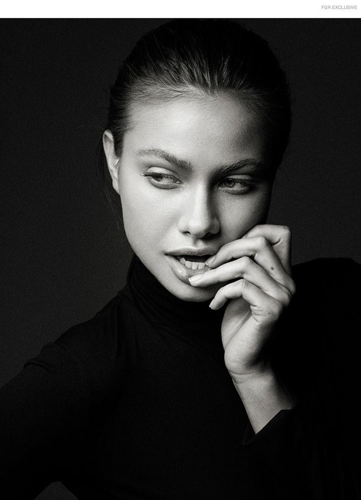 FGR Exclusivo | Yara Khimdan por David Benoliel em Iconic