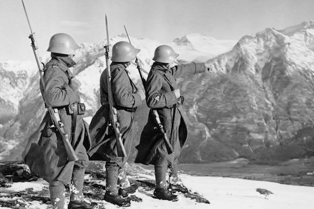 10 Cancelled Military Operations That Would've Changed Everything - In the quest to end a war orconflictas quickly as possible,ingeniousbattle plans are drawn up all the time. Sometimes, these plans fall by the wayside, for one reason or another. Whether the cancellation was good or bad for civilization, it makes one wonder what would have happened if it was... - http://toptenz.net