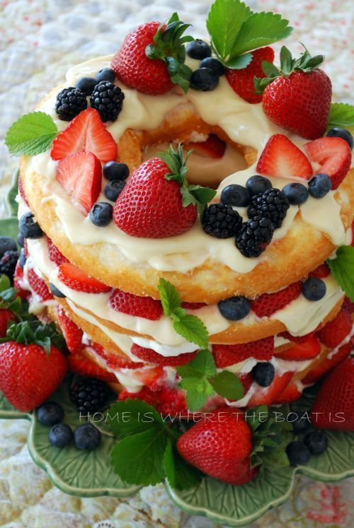 Layered berry cake is easy and requires no baking!  Recipe at http://omglifestyle.com/easter-brunch