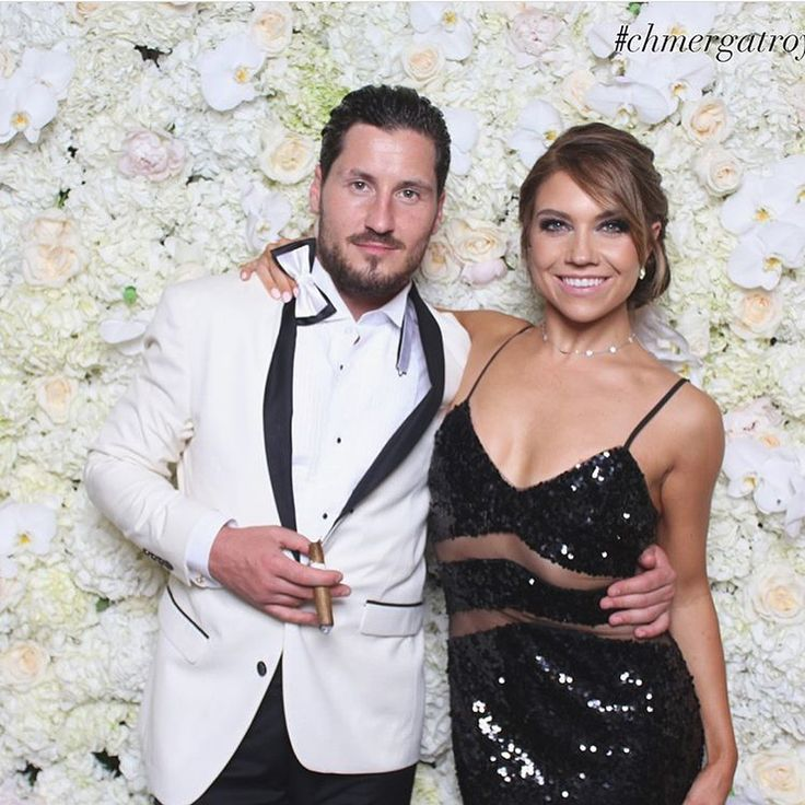 @dance10jenna sparkles at @petamurgatroyd & @maksimc wedding wearing @wowcouture_usa dress and @amyojewelry choker. #mppr  Styled by @audreybrianne   #jennajohnson #maks #maksimchmerkovskiy #petamurgatroyd #chmergatroydwedding #wedding #dwts #dancingwiththestars #valchmerkovskiy #wedding #celebration #fashion #styling #stylist #wowcouture #sequins #dress #amyo #accessoriesmakeyouroutfit #jewelry #choker #crystalchoker #maisonpriveepr