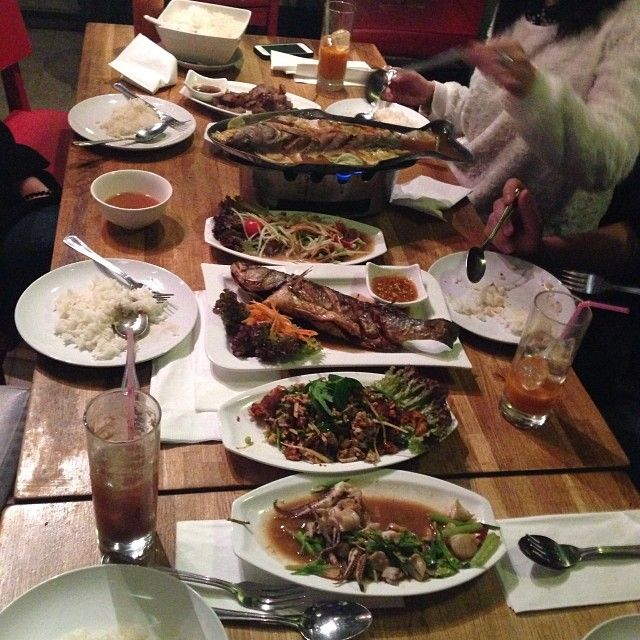 THAI FOOD, EDGWARE ROAD | The Heron | Warmly recommended by TimeOut: http://www.timeout.com/london/restaurants/the-heron #wanttotry
