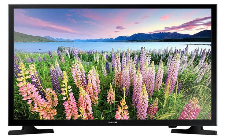 Samsung UE49J5200  Description: Samsung UE49J5200: Voor een ongekende ervaring met Smart TV Met de Samsung UE49J5200 Smart TV kijk jij naar jouw favoriete film of televisieprogramma in Full HD. De apps op je televisie maken het onder andere mogelijk om dit via Netflix te doen of lees de krant bekijk jouw favoriete films op Youtube en boek jouw vliegticket met de Schiphol app. Jouw externe apparaten zijn eenvoudig aan te sluiten via USB of HDMI en het is mogelijk om jouw bestanden direct te…