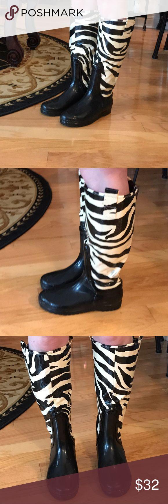 Chinese Laundry size 8 zebra rain boots Chinese Laundry size 8 zebra rain boots Chinese Laundry Shoes Winter & Rain Boots