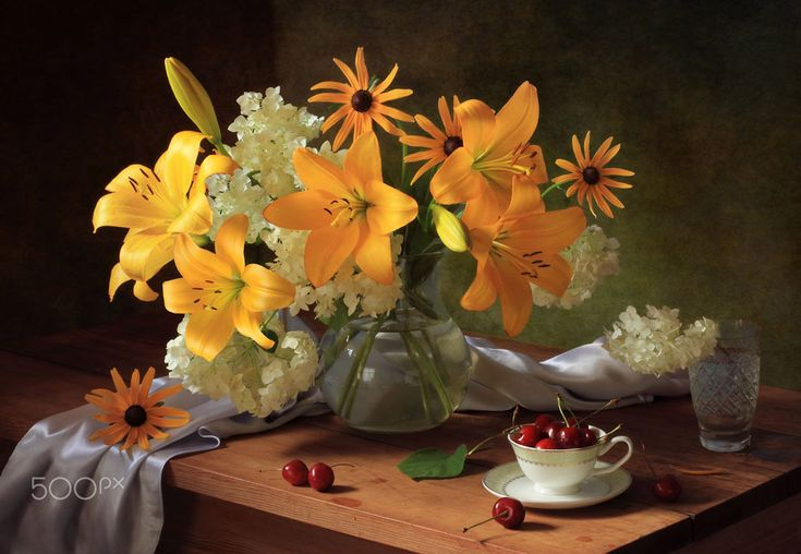 Still life with lilies - null