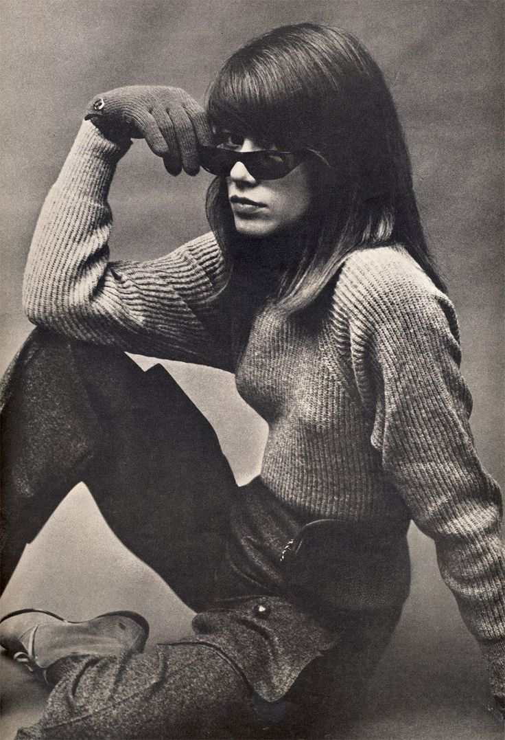 American Vogue August 1963. Francoise Hardy by Helmut Newton