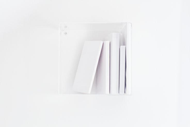 Transparent bookshelf http://miaholmen.blogspot.no/2014/02/interior-transparent-bookshelf.html