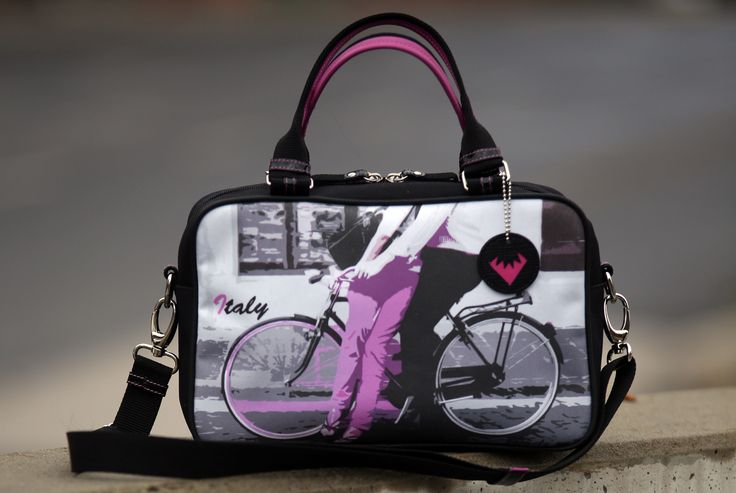 Bowling bag with bicycle