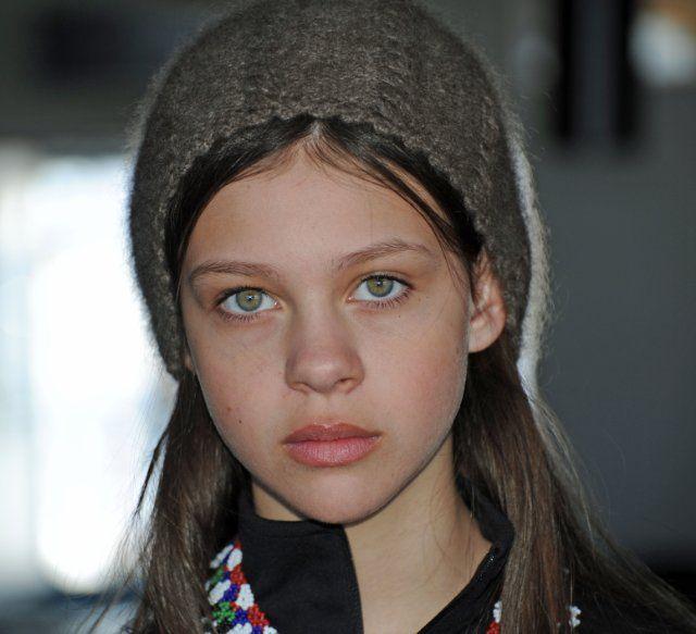 103 Best Images About Nicola Peltz On Pinterest