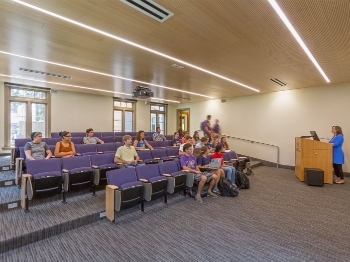 LSU Honors College Classroom