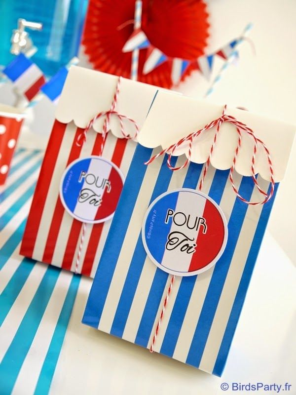 14 Juillet Sweet Table avec Printables FREEBIES!! #14juillet #bleublancrouge #sweettable