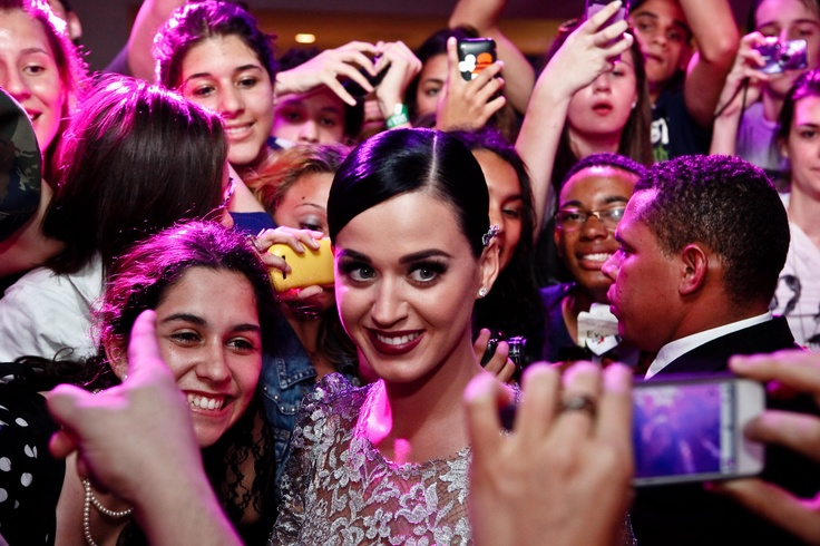 Katy engulfed by her loving fans!
