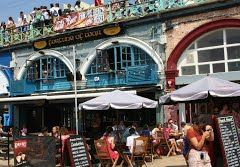 Fortune of War, a great pub on the Brighton Beach