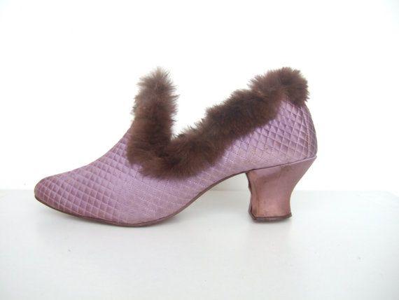 Vintage 1920s 30s slippers   lavender purple satin quilted fur trim boudoir  pumps house shoes   UK 6 EU 39 US 8. 17 Best images about Daniel Green boudoir slippers on Pinterest
