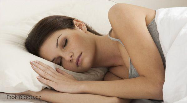 Jak se nauit usnout bhem jediné minuty  ProNladucz