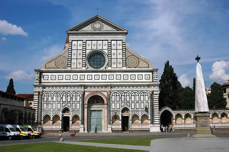 Basilica di Santa Maria Novella - Early renaissance frontage (by Filippo Brunelleschi) on the romanesque church in Florence , Italy.