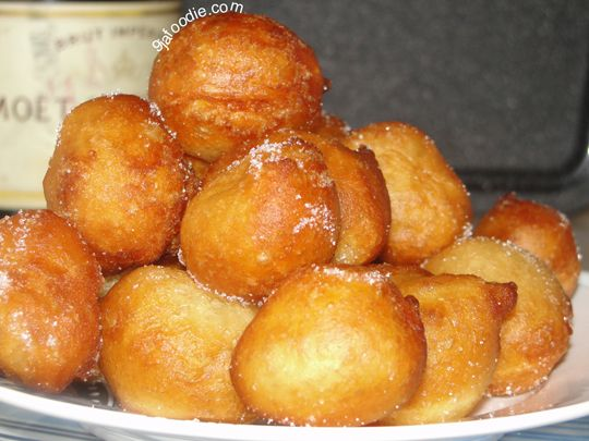 Mini Puff-Puff Ingredients: 1 + 1/4 cups flour (157 grams) 1 teaspoon quick rise yeast (This is the most important part, be sure to get the quick rise yeas