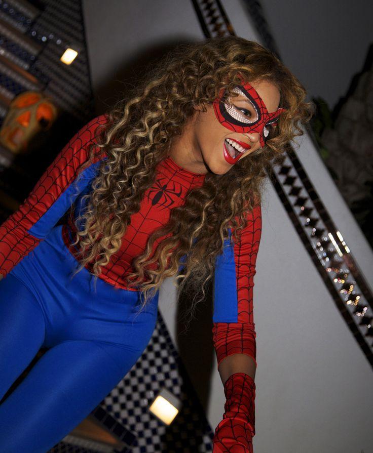Beyonce as Spider Woman. HI HALLOWEEN COSTUME.