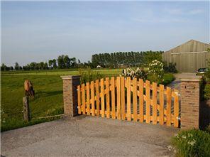 Houten poorten op maat - eiken poorten op maat   Royal Fence