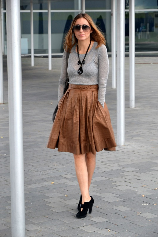 50 best brown skirt images on Pinterest | Brown pants outfit ...