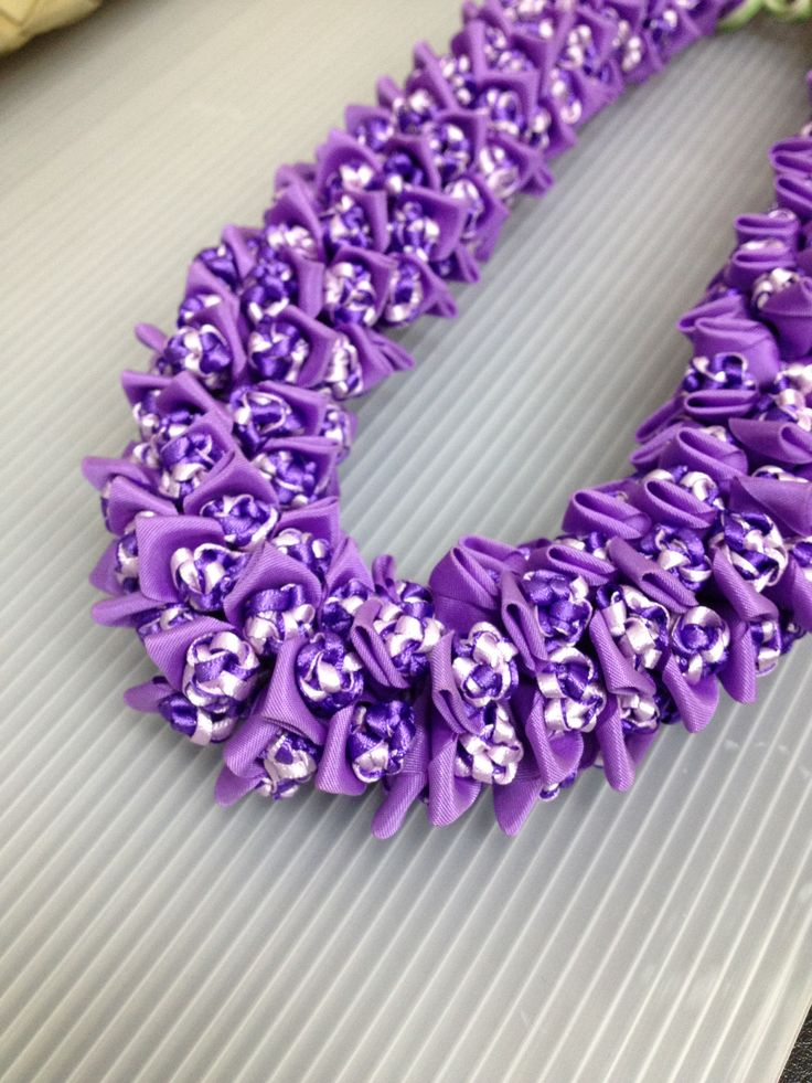 Crown flower(Ribbon Lei)