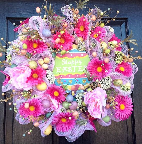Happy Easter Egg Deco Mesh Wreath, Easter Wreath, Seasonal Decor, Daisies and Easter Eggs, Handcrafted Wreath