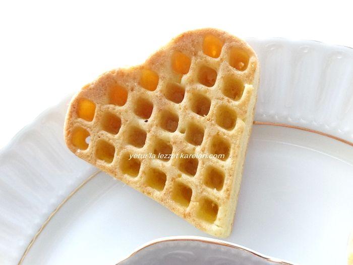 waffle tarifim için buradaki tart pastamın pandispanyasını uyguladım.nefis oldu.isteyen waffle makinasında isteyen silikon waffle k...