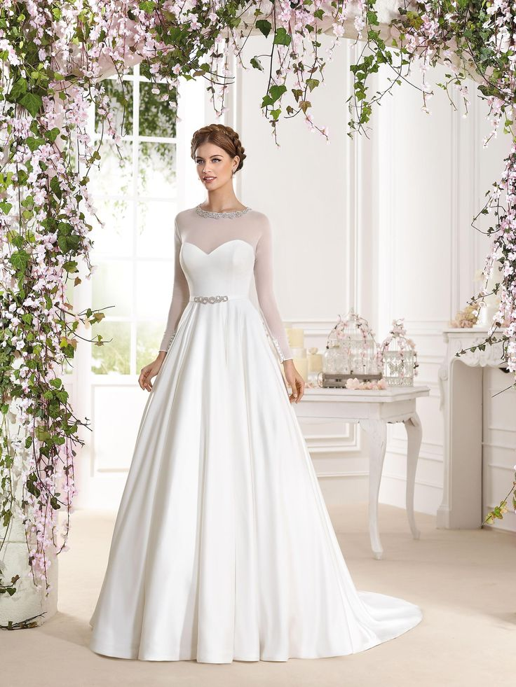 Fara Sposa Wedding Dresses 2016 | https://www.fabmood.com/fara-sposa-wedding-dresses-2016/ #farasposa #wedding dresses #weddinggown::