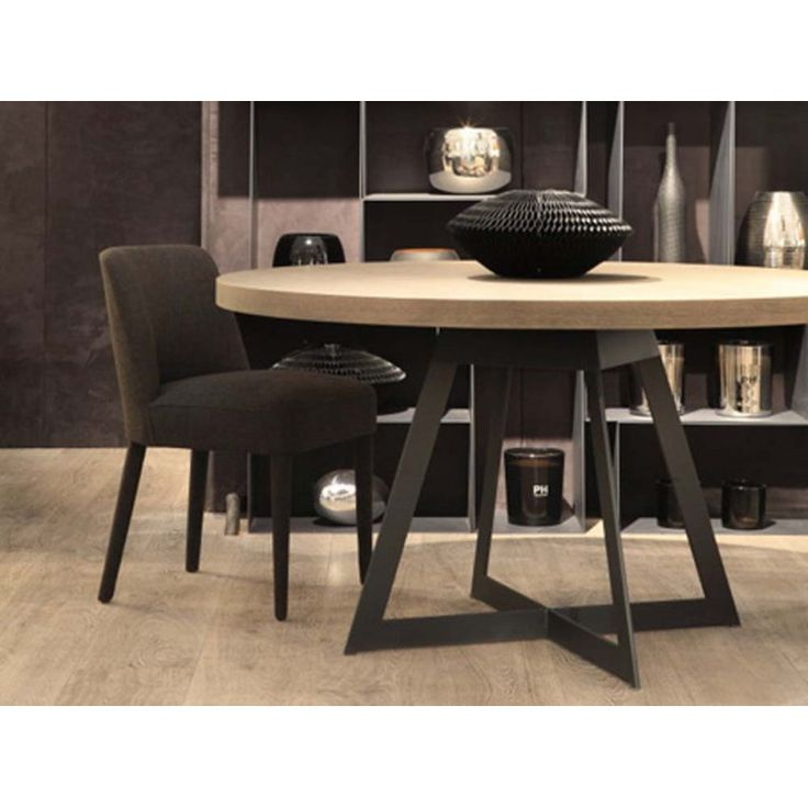table de salle manger baron ronde tables de salle a manger design tables pinterest. Black Bedroom Furniture Sets. Home Design Ideas