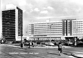 Halle/Saale, Hotel Stadt Halle, Thaelmannplatz, 1975