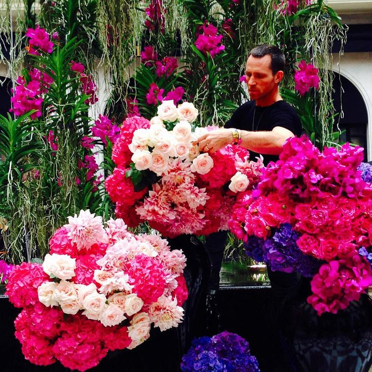 Jeff Leatham working his magic at the Four Seasons Hotel George V, Paris.