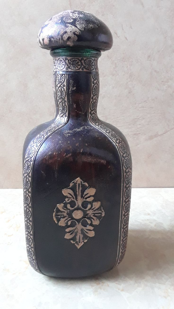 The 25 best empty liquor bottles ideas on pinterest bar vintage tooled leather wrapped glass whiskey bottle empty liquor bottle empty wine bottle embossed leather barware made in italy reviewsmspy
