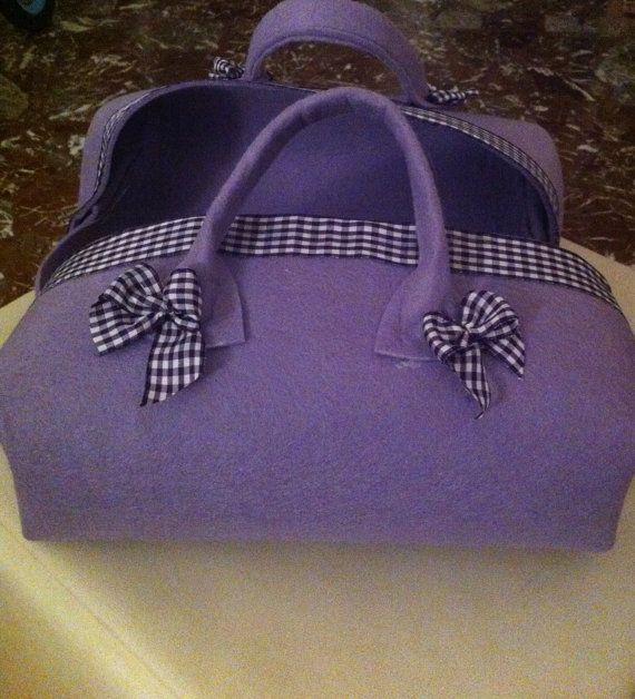 Porta torte in feltro by MorbideFantasie on Etsy, €20.00