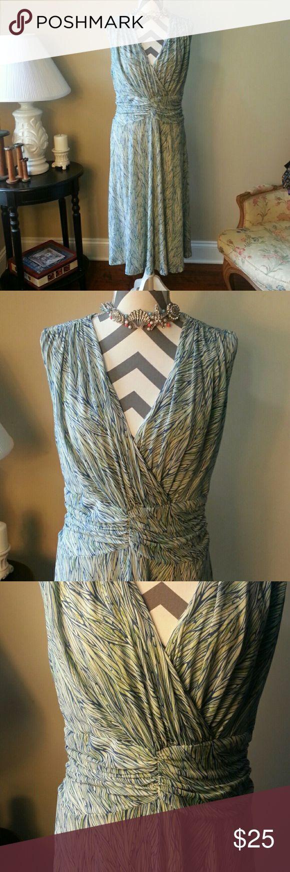 Coldwater Creek Dress Coldwater Creek dress. Rusching around waist. 100% nylon. Side zipper. Coldwater Creek Dresses