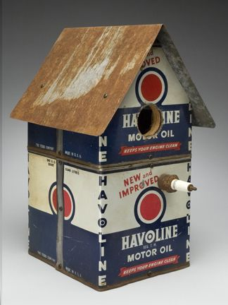 Motor oil salvage birdhouse - Wing Ding Construction