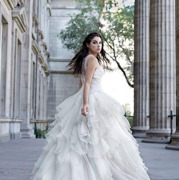 Mylène St-Sauveur joue les mariées en fuite | HollywoodPQ.com