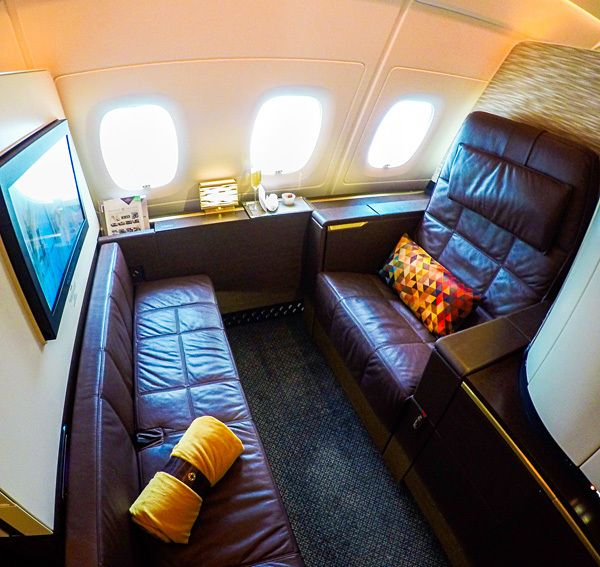 SHE'S A FIRST CLASS TRAVELER..Etihad Airways A380 First Class Apartment 4K BELLADONNA