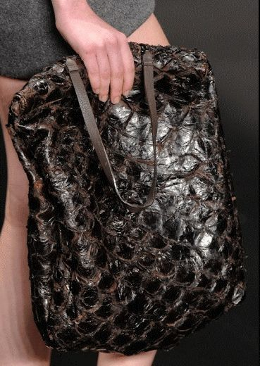 bolsa couro de peixe pirarucu