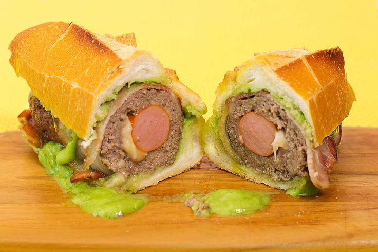 Muitas coisa deliciosas em um único sanduíche. Você tem que fazer!!