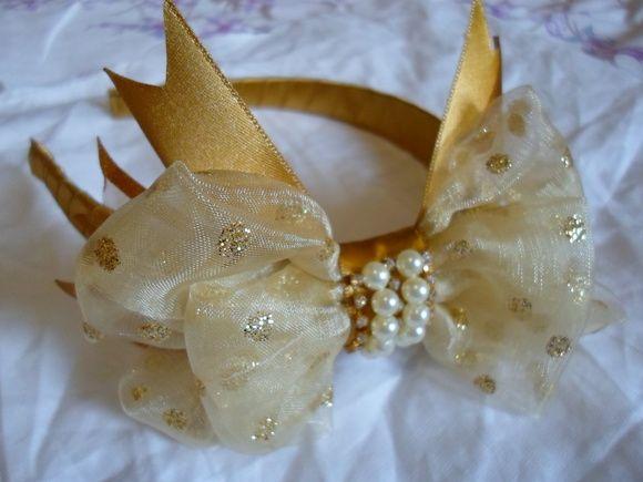 tiara dourada bolinha!!
