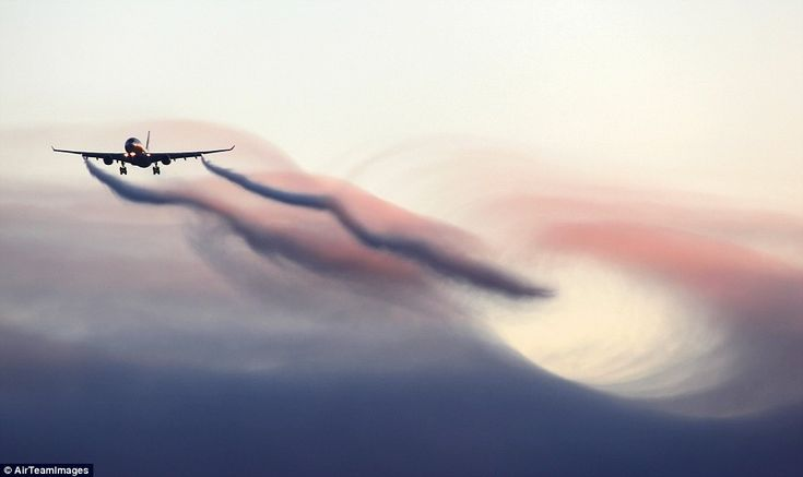 Red sky: This plane passing through the top of a cloud produces a spectacular wave effectAviators, Air Bound, Air On, Air Spaces, Aircraft Pictures, Amazing Aircraft, Vp Bly Aircraft, Spectacular Aircraft