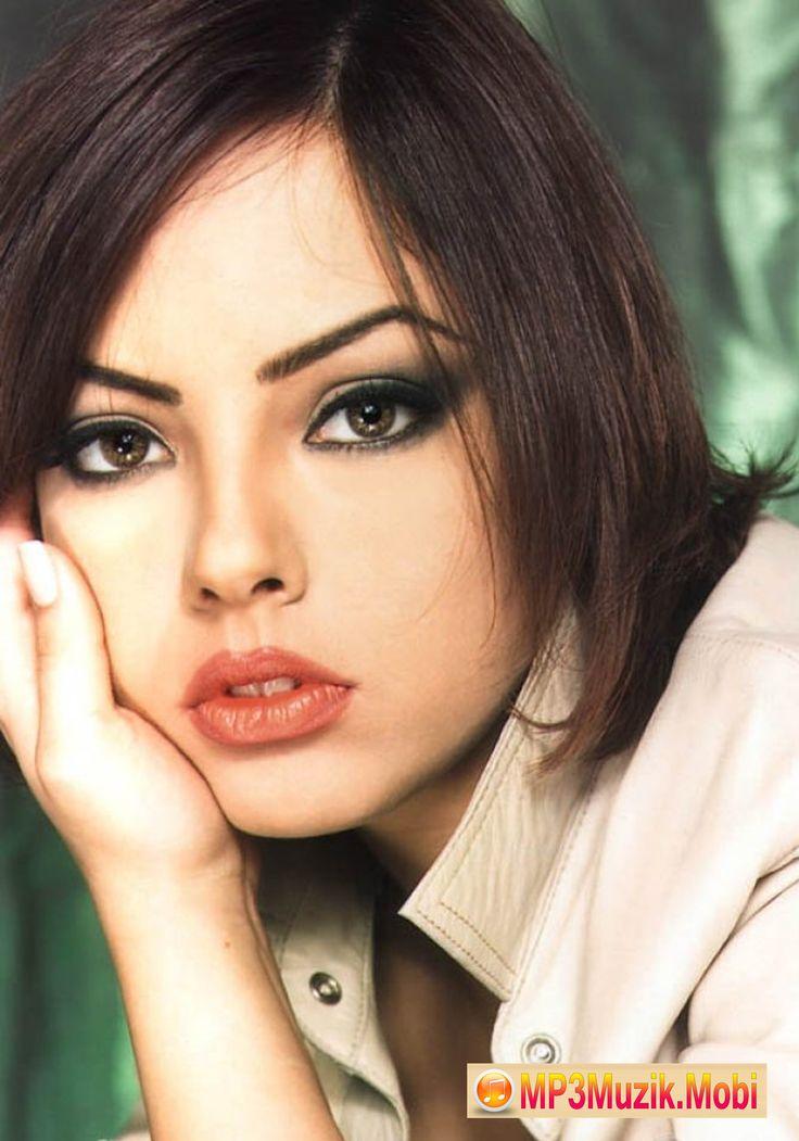 """Ebru Gündeş - """"Seni Sevmedigim Yalan"""" mp3 müzik parçasın ücretsiz indir."""