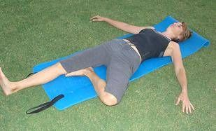 Sciatic Nerve Relaxation Pose - this sleeping pose does help relieve the sciatica pain....I've been catching myself in this pose a lot lately..... Now I know why lol