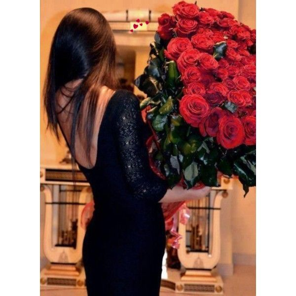 {On the blog} Outfit Ideas for Valentine's Day http://asharavale.blogspot.com/2015/01/outfit-ideas-for-valentines-day.html#more